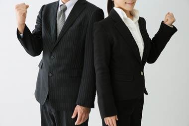 ヤミ金融に強い弁護士・司法書士は貴重な相談相手