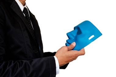 整理屋は実在の弁護士や司法書士の名前を騙って債務者をだます闇金