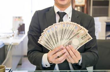 貸金業規制法の施行後も高金利を取るサラ金