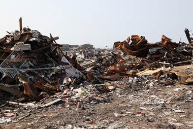 東日本大震災と福島第一原発事故が発生