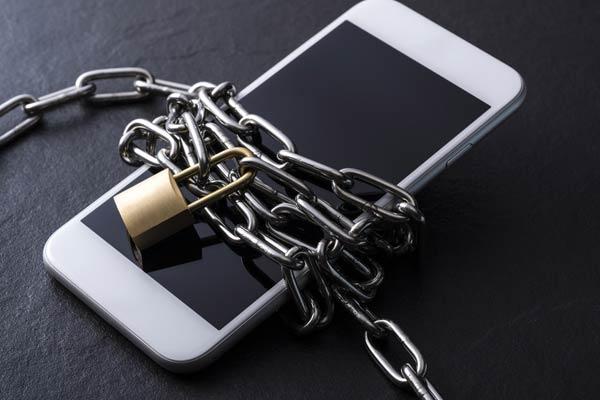 ヤミ金の携帯電話の利用停止を要求する