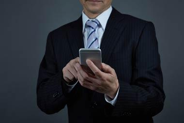 Duelパートナー法律事務所は闇金無料相談をメール・電話で24時間365日対応