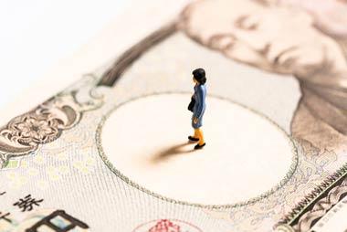 ダイレクトメールが来ていた闇金から5万円を借金する主婦